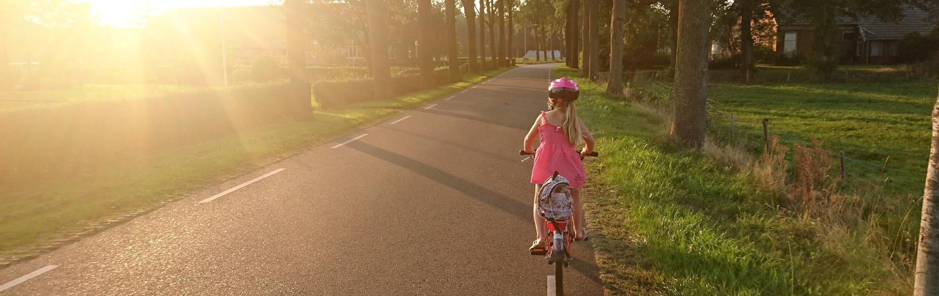 Ela e a bicicleta