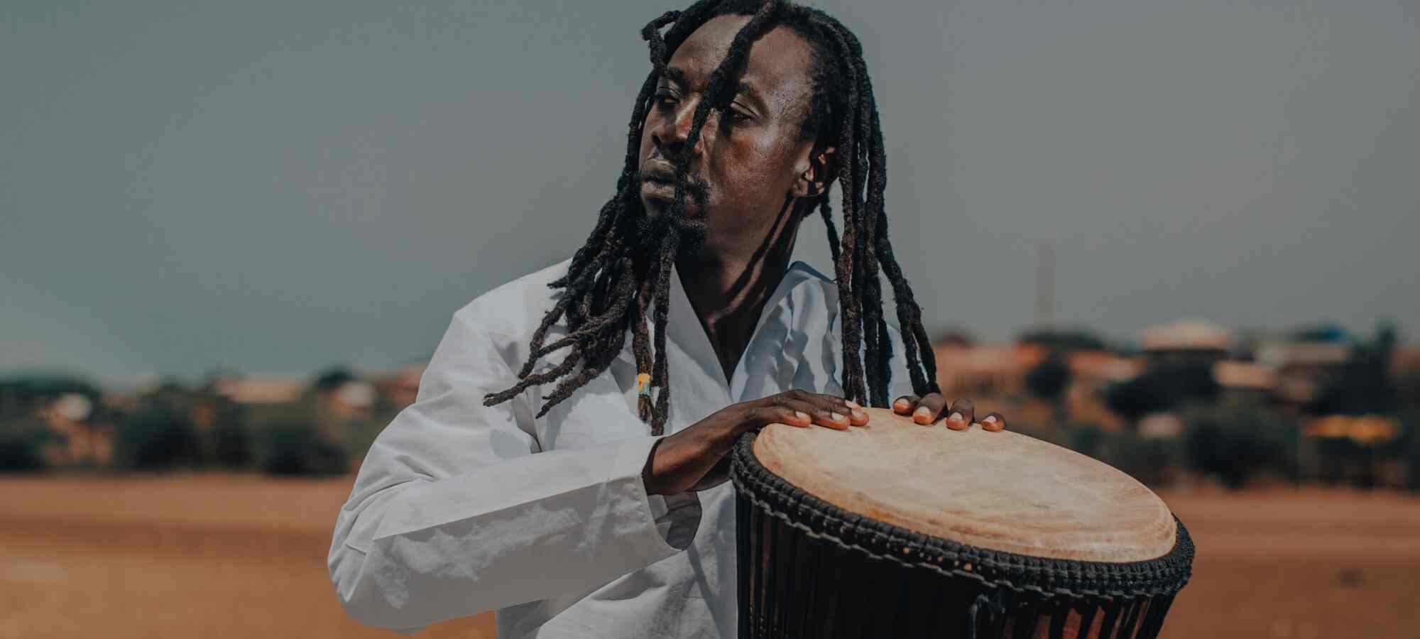 A liberdade desse reggae